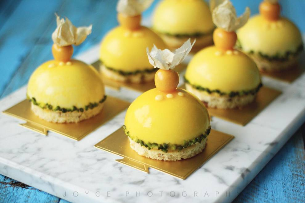 Home Cooking Recipe: #拼颜值 Also fight strength #Hakuna Matata- Passion fruit mango with coconut mousse