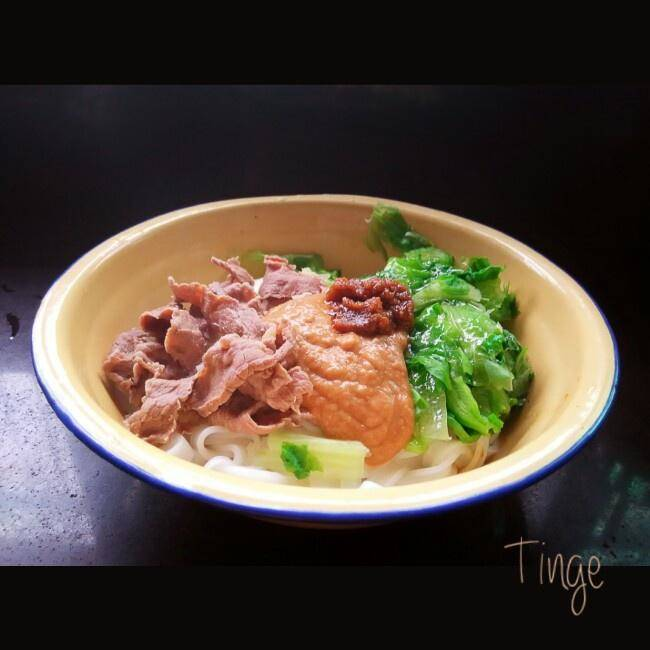 Home Cooking Recipe: A bowl of authentic Chaozhou beef filling rice noodles / rice noodles / noodles (sand tea mixed with rice noodles / rice noodles / noodles)