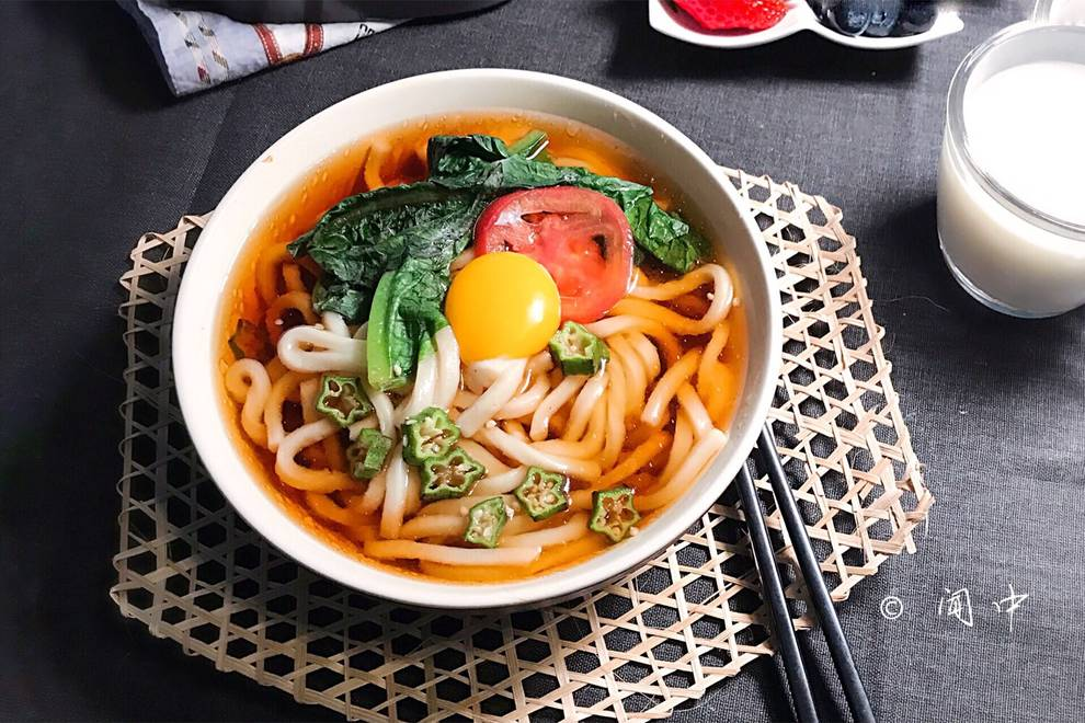 Home Cooking Recipe: a bowl of udon noodles