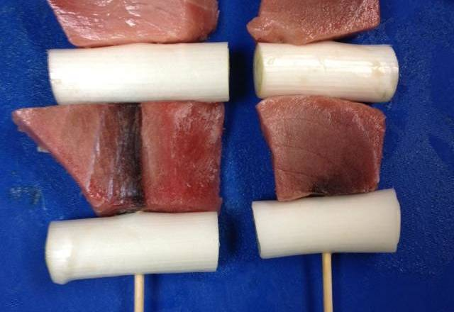 Home Cooking Recipe: a green onion, a good fish skewer