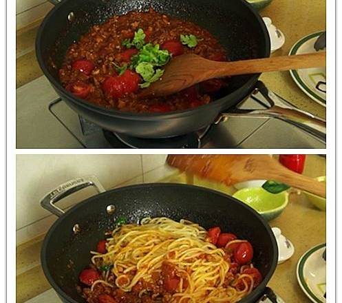 Home Cooking Recipe: Add the small tomatoes and parsley and stir well. Finally, add the pasta that is well controlled and mix well.