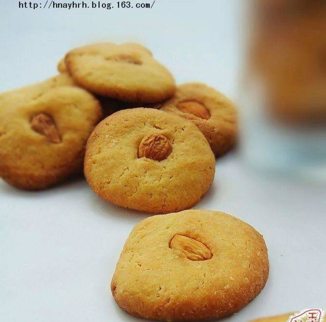 Home Cooking Recipe: Almond biscuits