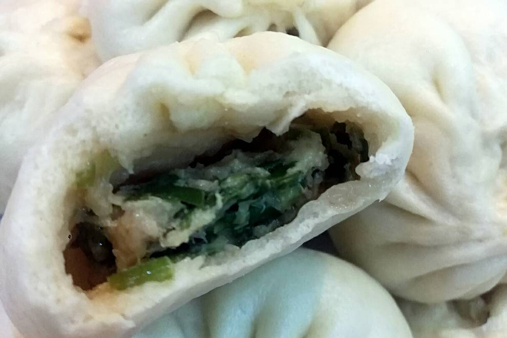 Home Cooking Recipe: Amaranth cabbage pork buns (with video. One-time fermentation.)