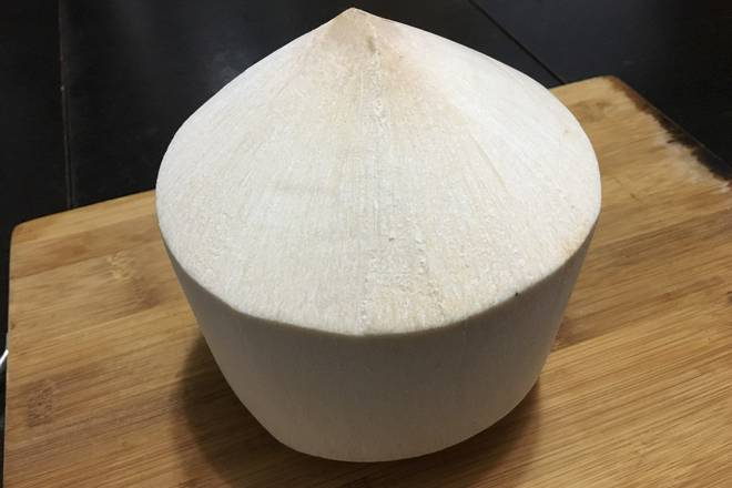 Home Cooking Recipe: An unopened coconut