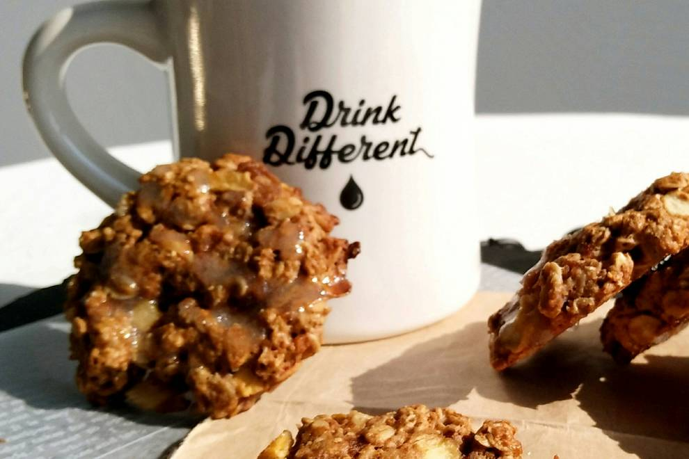 Home Cooking Recipe: Apple cinnamon oatmeal cookies