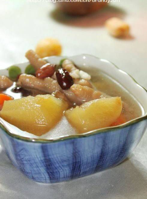 Home Cooking Recipe: Apple Peanut Crisp Chicken Claw Soup