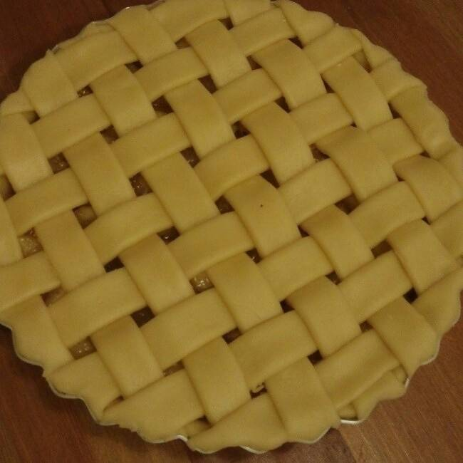 Home Cooking Recipe: Apple pie surface mesh weaving method