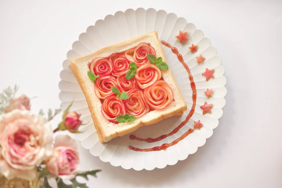 Home Cooking Recipe: Apple rose toast