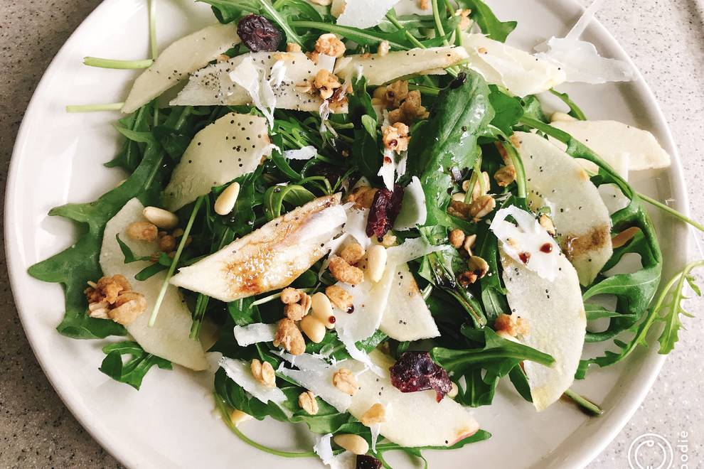 Home Cooking Recipe: Arugula apple cheese salad