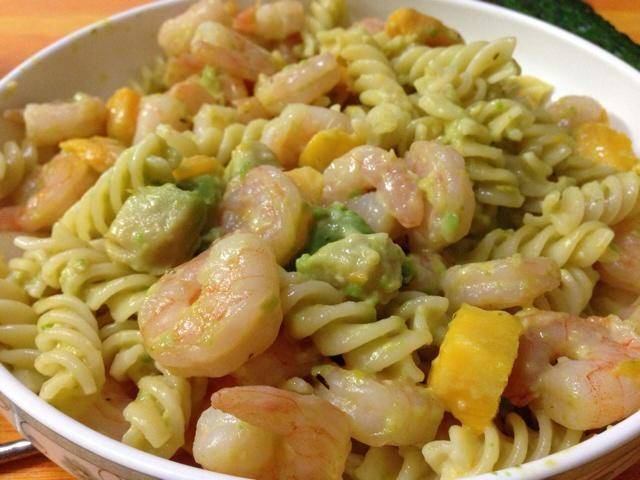 Home Cooking Recipe: Avocado Shrimp Mango Pasta