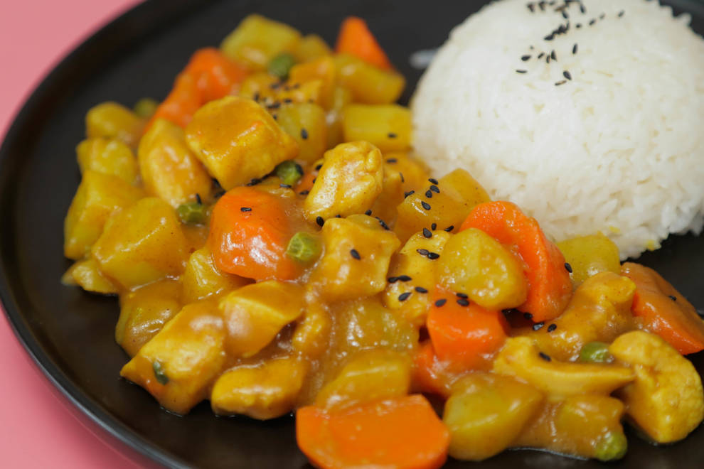 Home Cooking Recipe: Baby food supplement: curry potato chicken rice (ageable age: 36 months +)