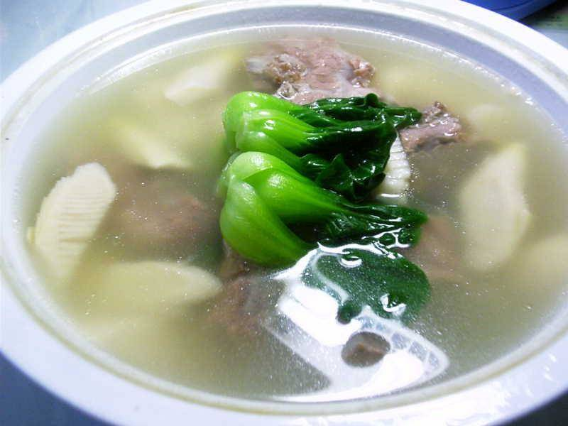Home Cooking Recipe: Bamboo shoot ribs soup