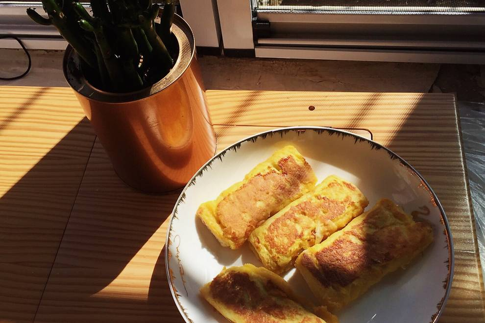 Home Cooking Recipe: Banana Egg Toast Roll (Simple Banana Pie)