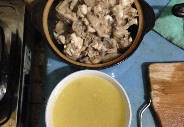 Home Cooking Recipe: Chicken and soup are separately packed