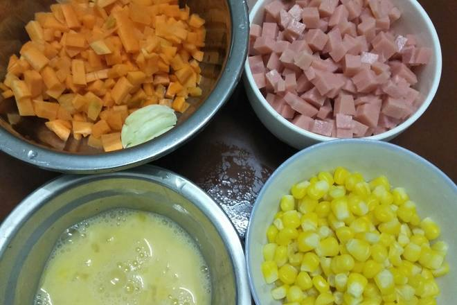 Home Cooking Recipe: Corn is cooked first with water