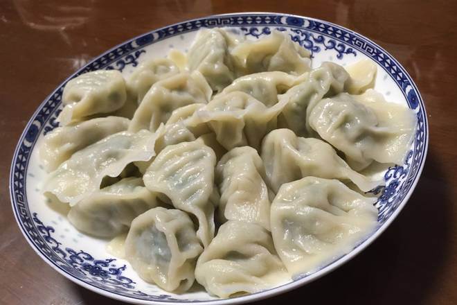 Home Cooking Recipe: Dumplings can be kneaded into various shapes, provided that they do not reveal the filling. It is also the key to brew the dumplings after the package. The dumplings should be opened three times, that is, the boiled dumplings should be added with a bowl of cold water once boiled, and then boiled, must be cooked.