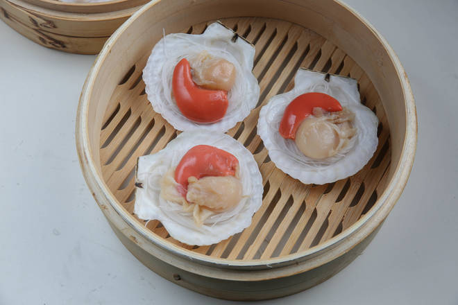 Home Cooking Recipe: Fans are placed in scallop shells and scallop meat is placed on top.