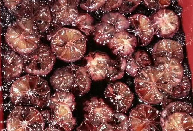 Home Cooking Recipe: Fermented for two months of mulberry enzymes, there is a great smell of wine, it is necessary to determine the taste of no wine until 3 months, if you have the taste of wine, you have to prolong the fermentation time.