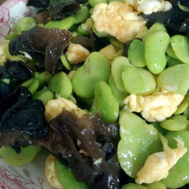 Home Cooking Recipe: Fried beans with broad bean fungus