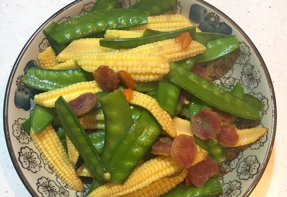 Home Cooking Recipe: Fried corn shoots, peas