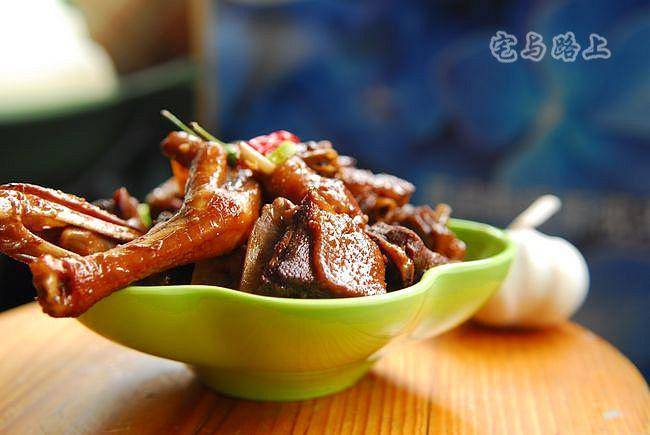 Home Cooking Recipe: Fried duck with garlic sauce