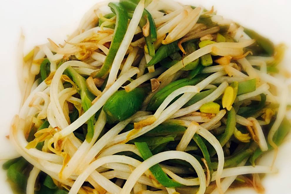 Home Cooking Recipe: Fried lentils, green bean sprouts