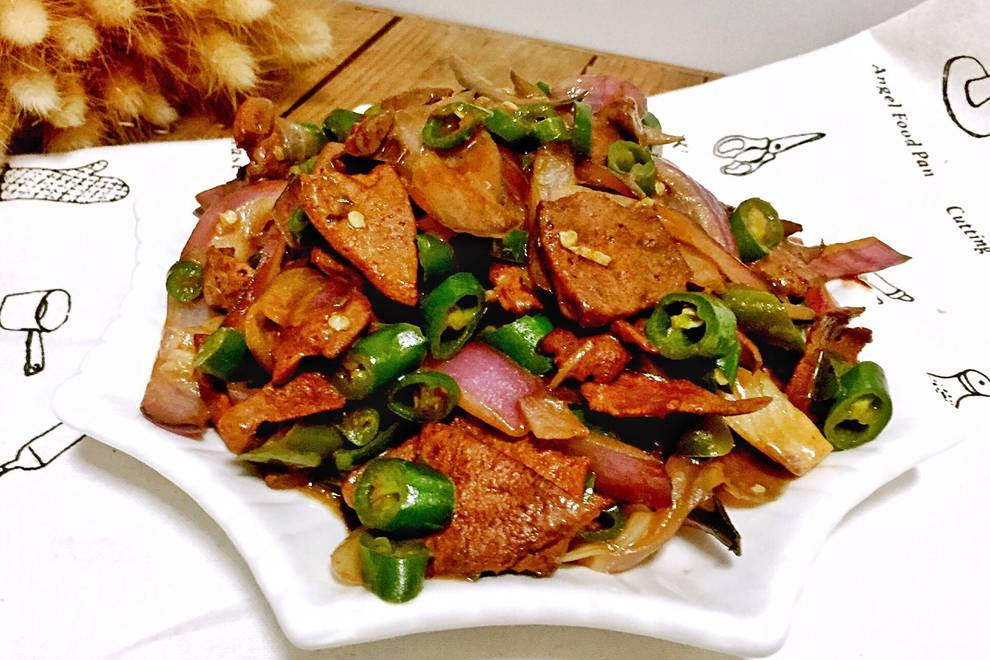 Home Cooking Recipe: Fried pork liver with onion