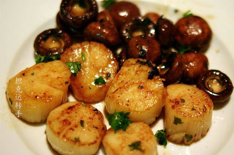 Home Cooking Recipe: Fried scallops with small mushrooms