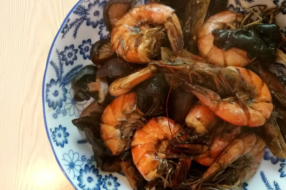 Home Cooking Recipe: Fried shrimps with mushrooms