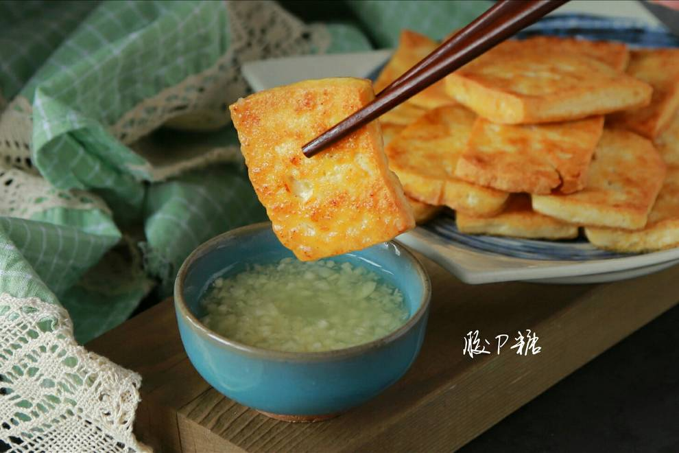 Home Cooking Recipe: Fried tofu with garlic sauce