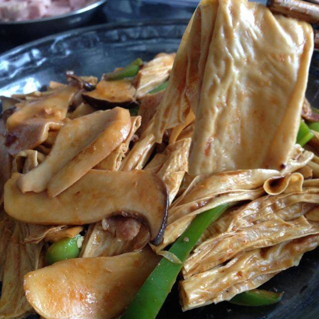 Home Cooking Recipe: Fried yuba oyster mushroom