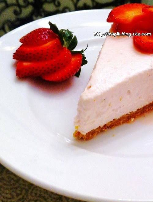 Home Cooking Recipe: Frozen strawberry cheesecake