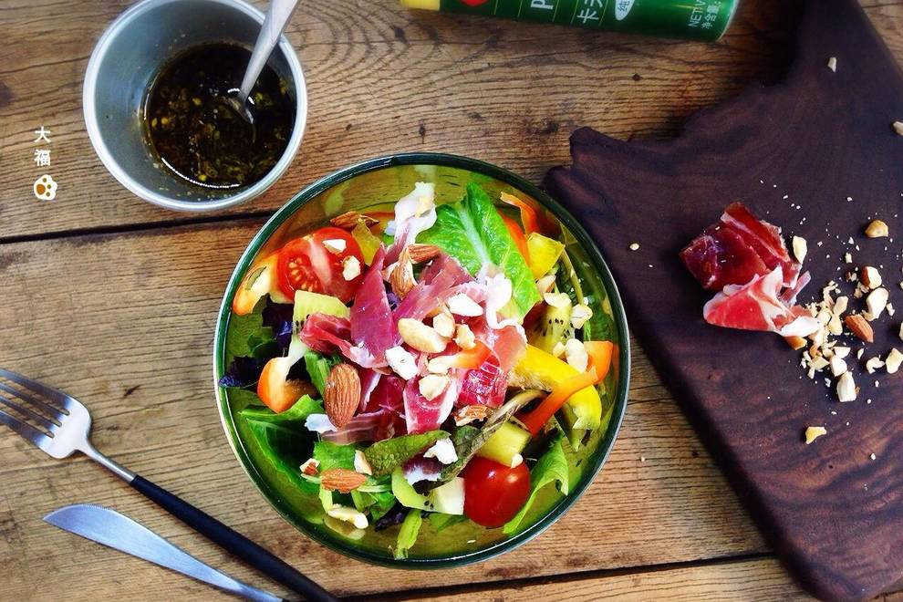 Home Cooking Recipe: Fu leg vegetable and fruit salad