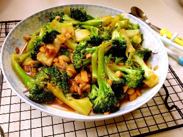 Home Cooking Recipe: Garlic broccoli