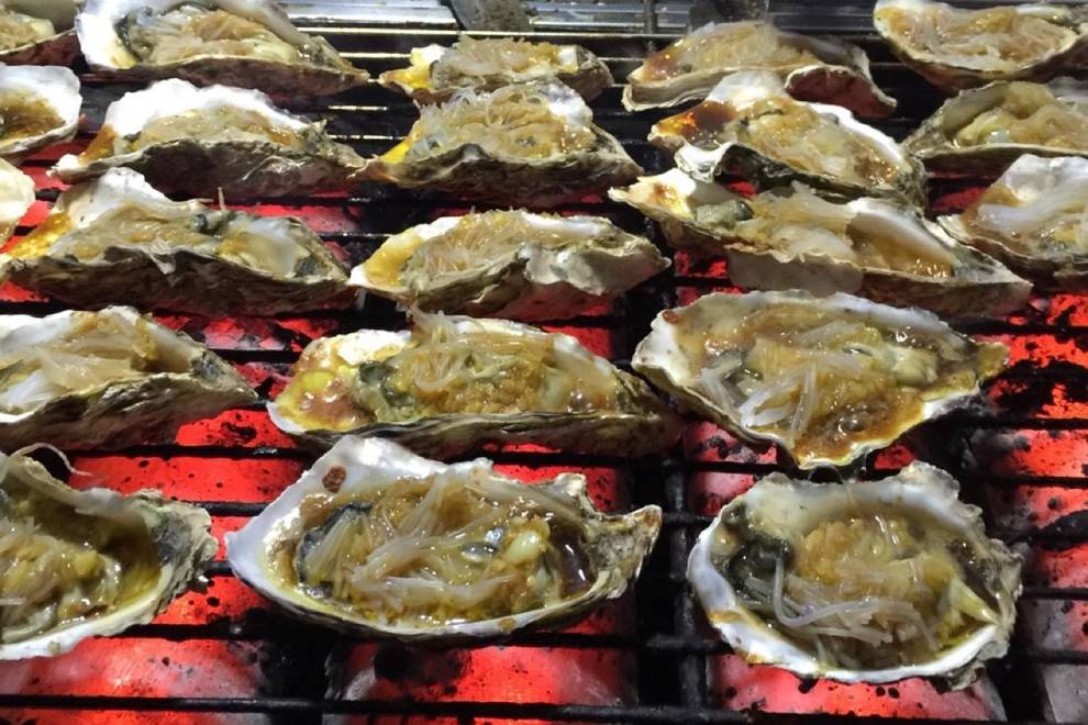 Home Cooking Recipe: Garlic charcoal grilled oysters, scallops!