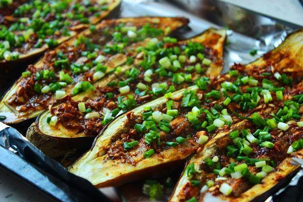 Home Cooking Recipe: Garlic-flavored eggplant