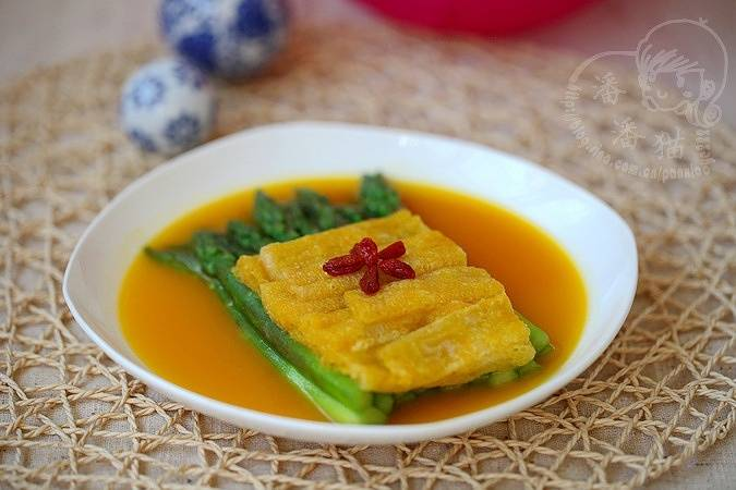 Home Cooking Recipe: Golden soup bamboo asparagus