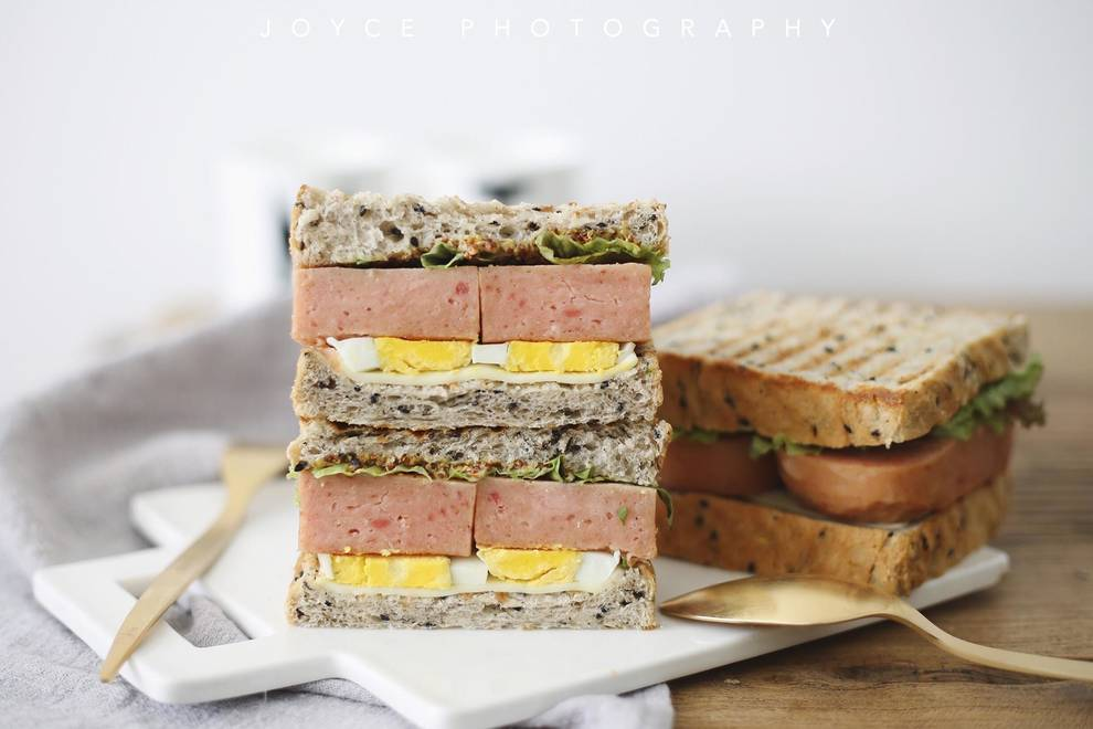 Home Cooking Recipe: Heart-wrenching thick slice luncheon sandwich