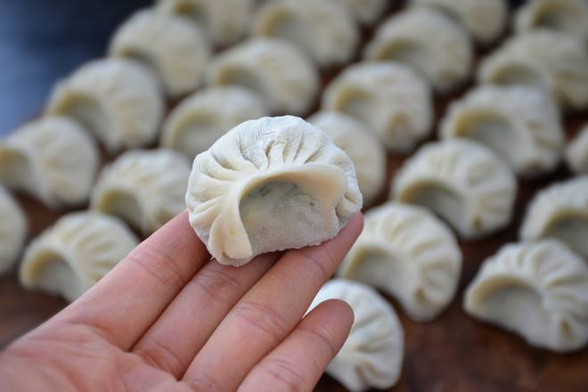 Home Cooking Recipe: Make dumplings.