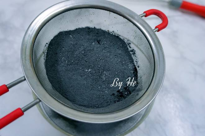 Home Cooking Recipe: Mix low powder, bamboo charcoal powder and baking powder for screening