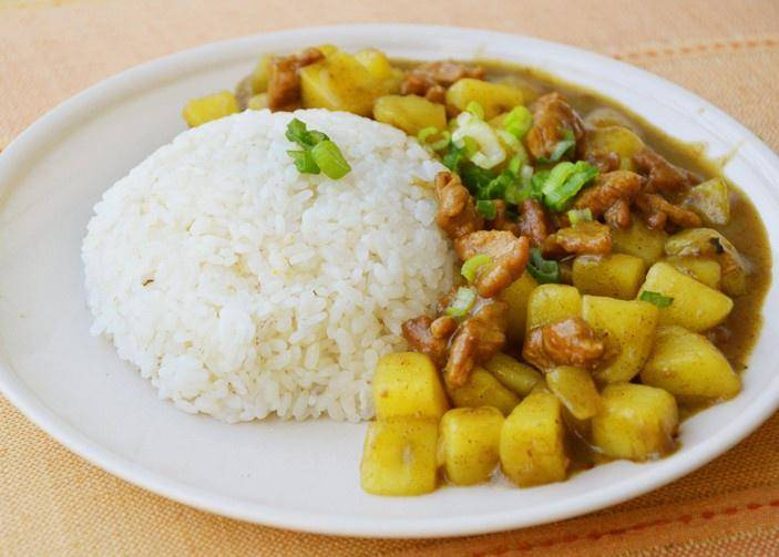 Home Cooking Recipe: Potato Pork Curry Rice