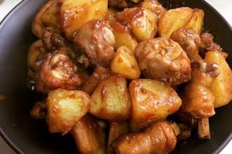 Home Cooking Recipe: Potato simmered chicken leg