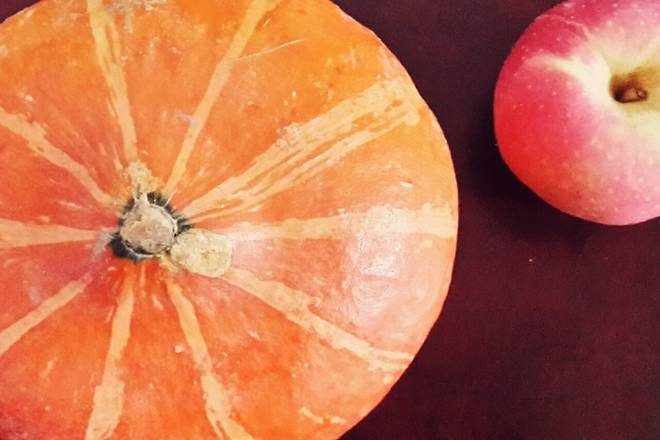 Home Cooking Recipe: Preparation materials: apple, and pumpkin