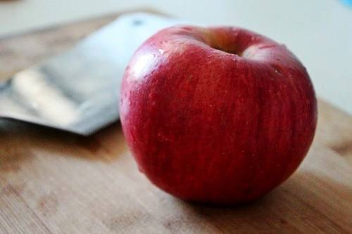 Home Cooking Recipe: Prepare an apple (try to choose crisp)