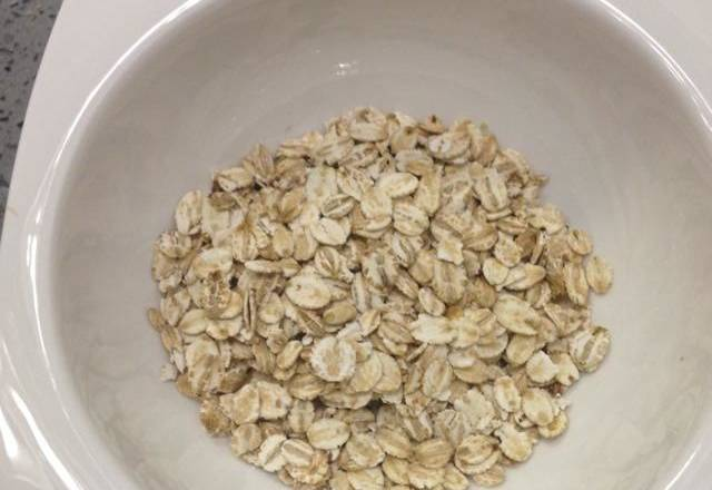 Home Cooking Recipe: Put 30 grams of oats