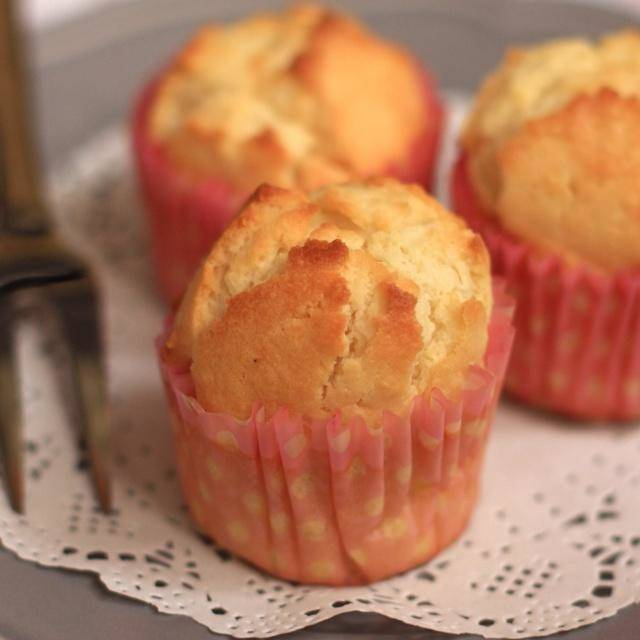 Home Cooking Recipe: Sour cream coconut lemon fragrant muffin
