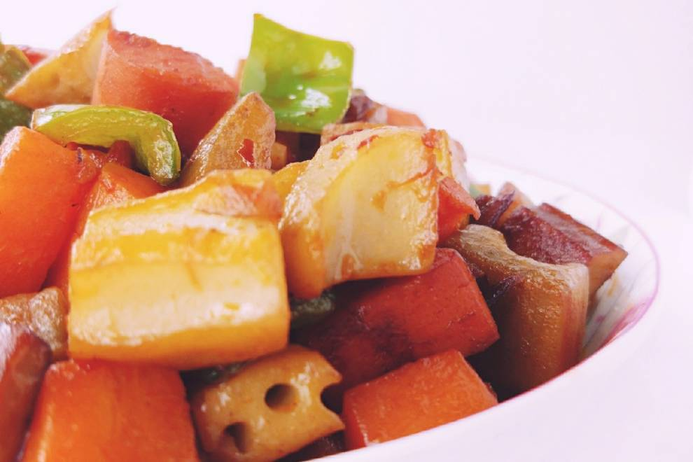Home Cooking Recipe: Spicy fried assorted diced