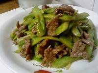 Home Cooking Recipe: Stir-fried beef with bitter gourd, fried melon with cold melon...