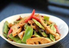 Home Cooking Recipe: Stir fry evenly and put it into the plate