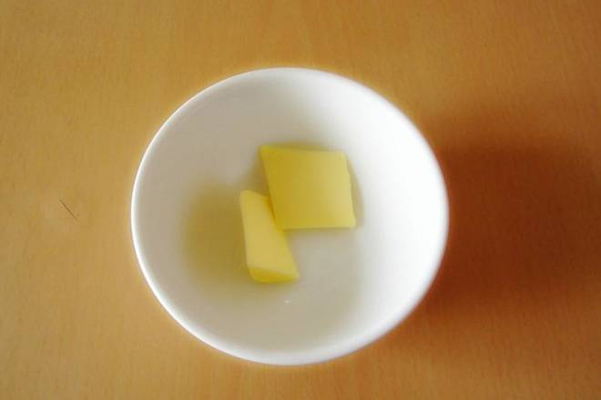 Home Cooking Recipe: Take 10 grams of butter for use;